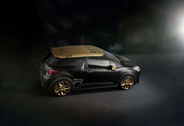 la ds3 racing or et noir mat s 39 officialise discr tement autoday. Black Bedroom Furniture Sets. Home Design Ideas