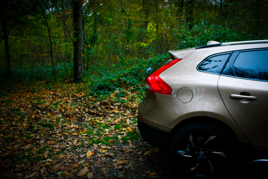 essai volvo v40 t4 awd cross country un krispolls high tech autoday. Black Bedroom Furniture Sets. Home Design Ideas