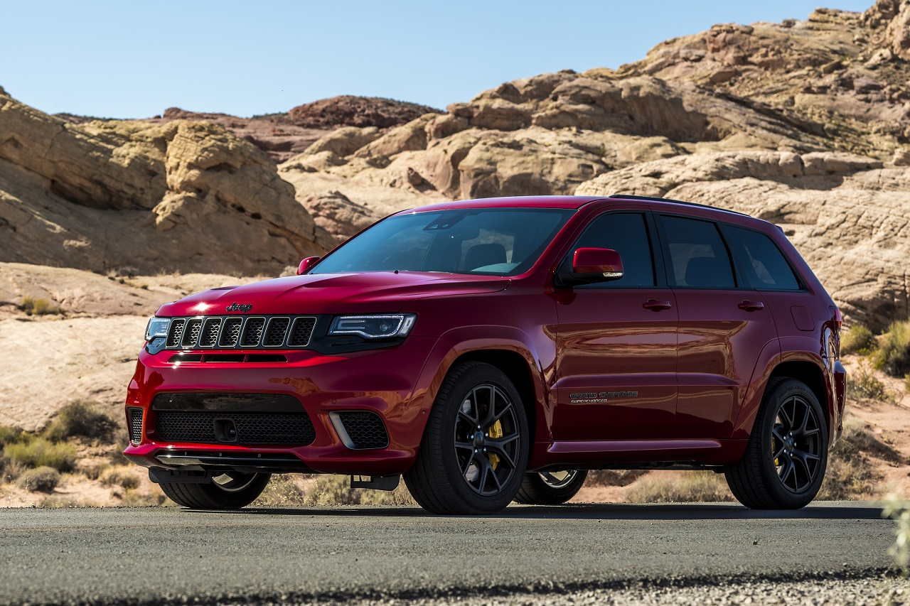 jeep grand cherokee trackhawk le superh ros autoday. Black Bedroom Furniture Sets. Home Design Ideas